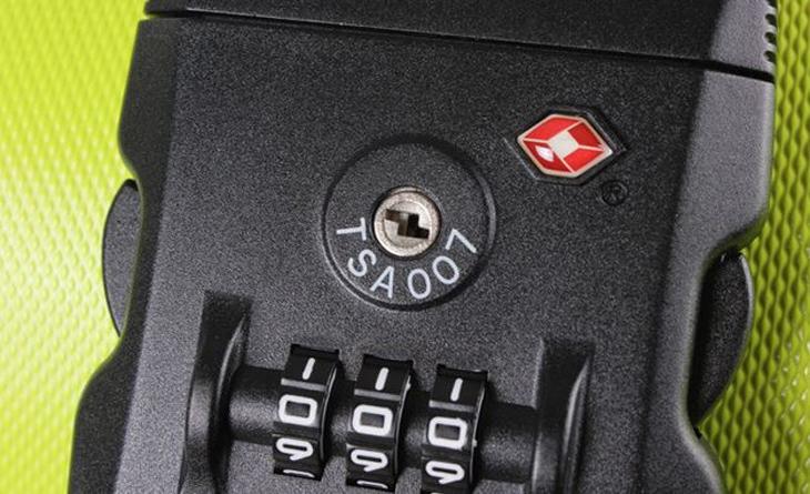 Phân biệt được khóa TSA và khóa số thông thường?