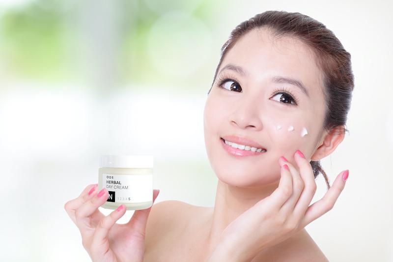 Sự khác biệt về nhu cầu của làn da vào ban đêm và ban ngày