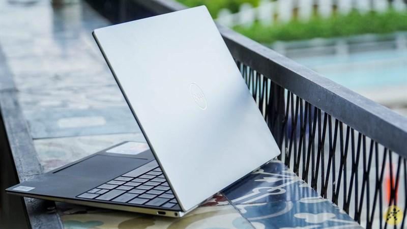 Thiết kế óng ánh của Dell XPS 13 9300