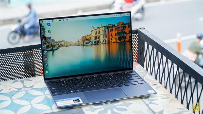 Thiết kế tổng thể của Dell XPS 13 9300