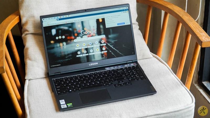 Lenovo Legion 5 sở hữu màn hình kích thước lớn