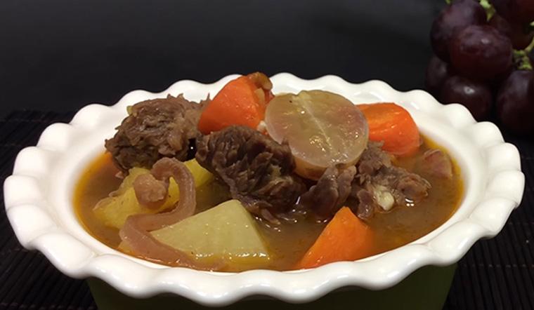 Lạ miệng với món bò hầm trái cây, nghe tưởng không ngon nhưng ngon không tưởng!