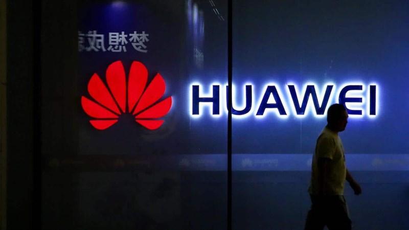 Từ bỏ con đẻ Kirin, lối đi nào giúp Huawei vượt qua cơn bão thứ 2 từ chính quyền Donal Trump?