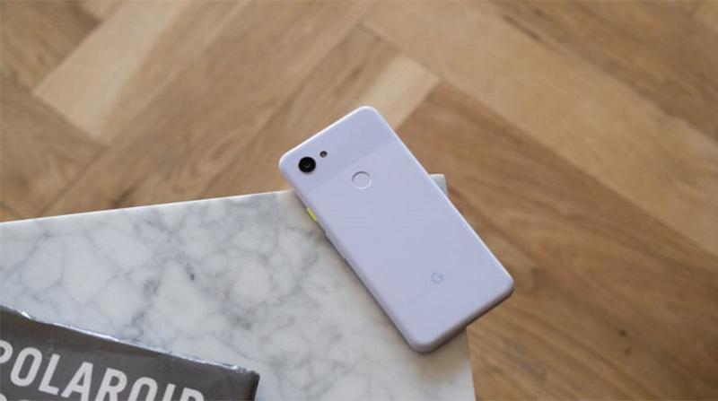 Vỏ điện thoại bằng nhựa