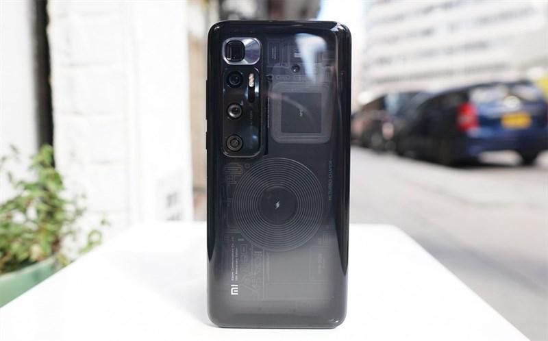 Thiết kế tổng thể của Xiaomi Mi 10 Ultra