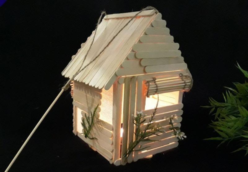Lồng đèn ngôi nhà