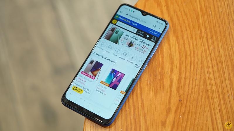 Realme C12 chính thức ra mắt tại Việt Nam: Thiết kế trẻ trung, cấu hình tốt, nổi bật với viên pin có dung lượng lên đến 6.000 mAh