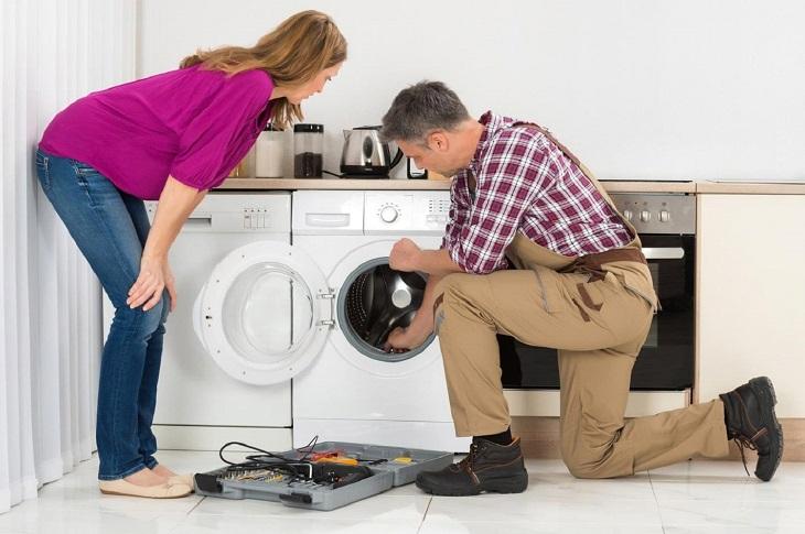 Máy giặt đang hoạt động bỗng dưng bị dừng đột ngột