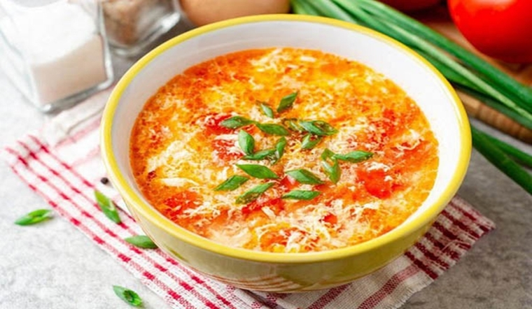 Canh cà chua trứng thì ai cũng biết nhưng cho thêm nguyên liệu này thì độ ngon tăng lên gấp bội