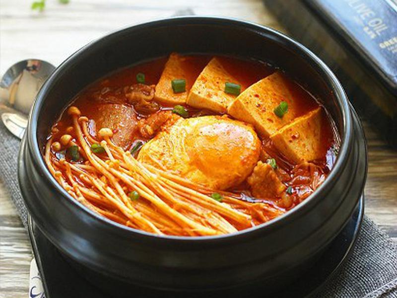 Những món ăn khiến bạn phát nghiện khi ăn cùng với kim chi