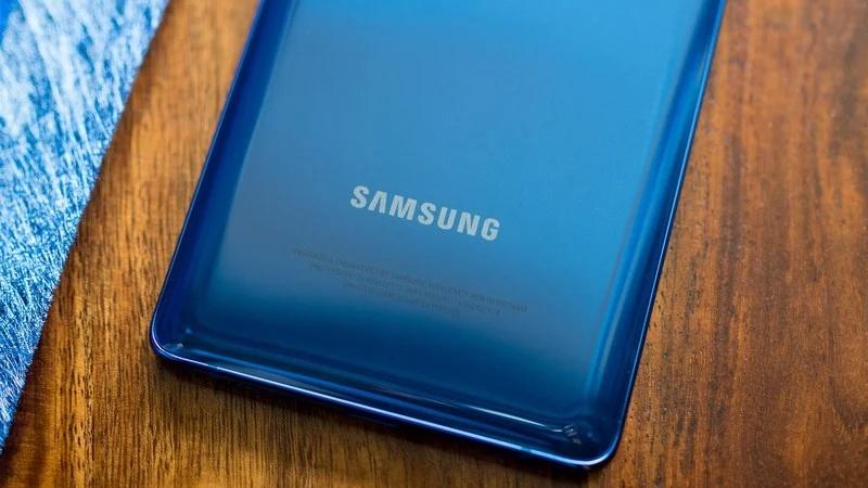 Galaxy S20 FE 5G lộ nhiều phiên bản màu sắc và giá bán ở Canada, bạn thấy giá bán như vậy hợp lý chưa?