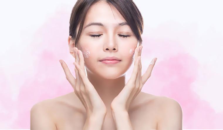 Thoa kem dưỡng da như thế nào là đủ?