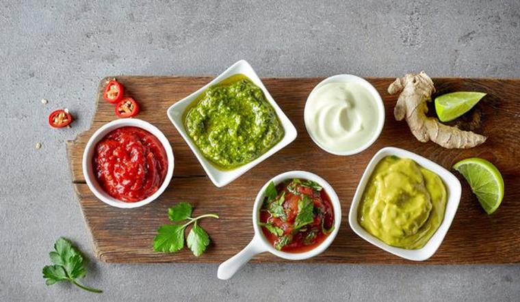 15 loại sốt trộn salad cực ngon khiến cho người ghét ăn rau cũng phải thích mê