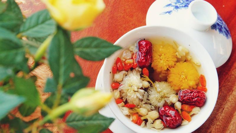Trà táo đỏ có công dụng gì? Cách pha trà táo đỏ ngon và bổ dưỡng