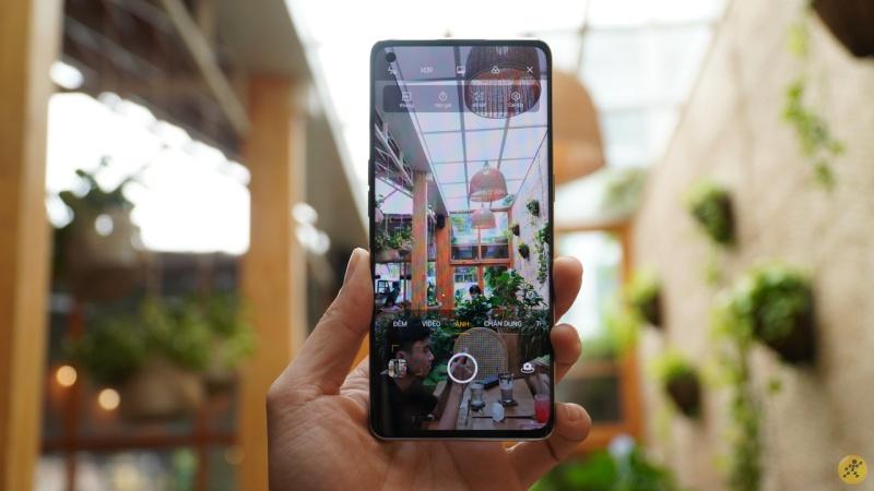 OPPO Reno4 Pro được cập nhật phần mềm mới, cải tiến camera và đi kèm với bản vá bảo mật Android tháng 9/2020
