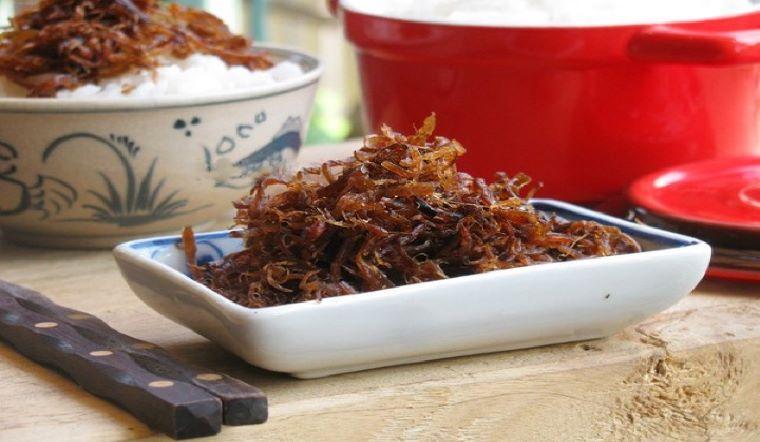 Cách làm chà bông nấm hương thơm ngon và tơi không thua kém gì chà bông thịt