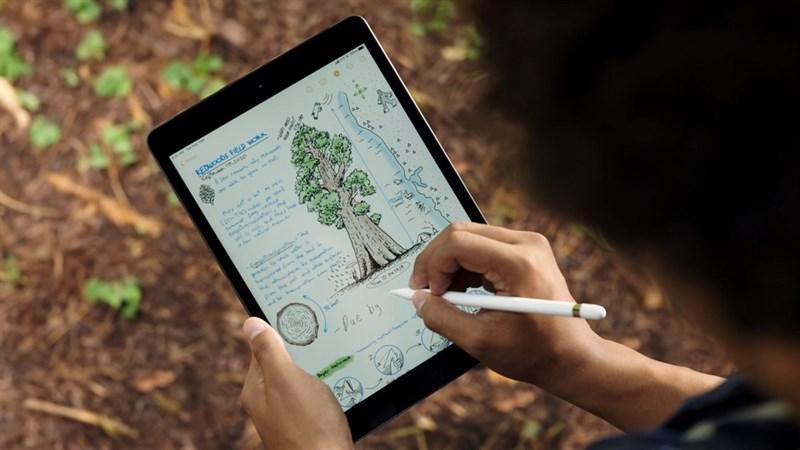 Apple ra mắt iPad thế hệ 8 10.2 inch với vi xử lý Apple A12 mạnh mẽ hơn, giá bán 7.6 triệu đồng