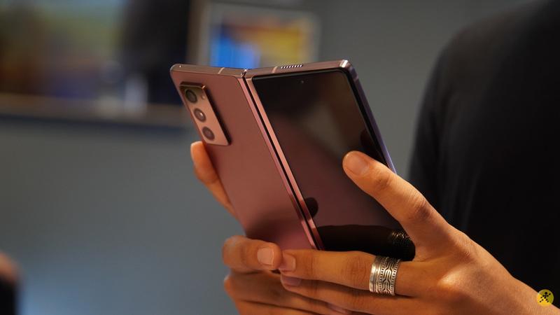 Smartphone màn hình gập Samsung W21 5G vừa đạt chứng nhận quan trọng để chuẩn bị ra mắt thị trường