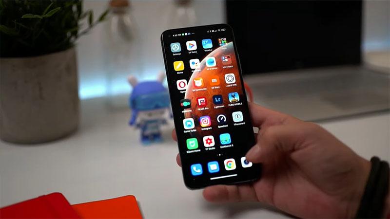Trải nghiệm cầm nắm Xiaomi Mi 10T Pro rất thích thú