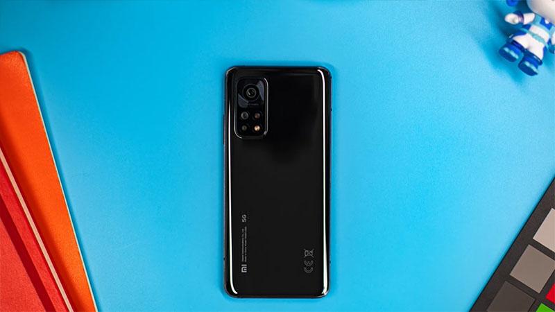 Thiết kế mặt lưng đẹp mắt của Xiaomi Mi 10T Pro