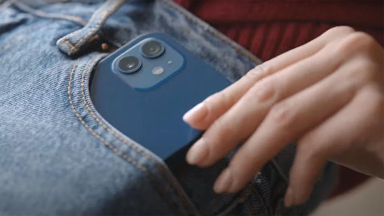 Apple khai sinh ra thế hệ iPhone mini đầu tiên