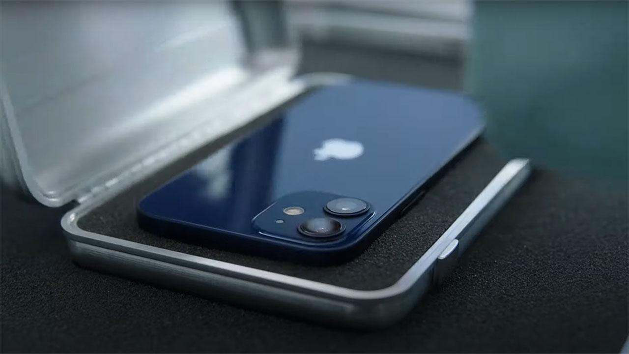 Vẻ ngoài cuốn hút của iPhone 12 Mini