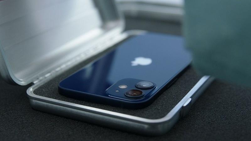 Đây là giá bán của iPhone 12 Mini và iPhone 12, thấp nhất 16.2 triệu đồng
