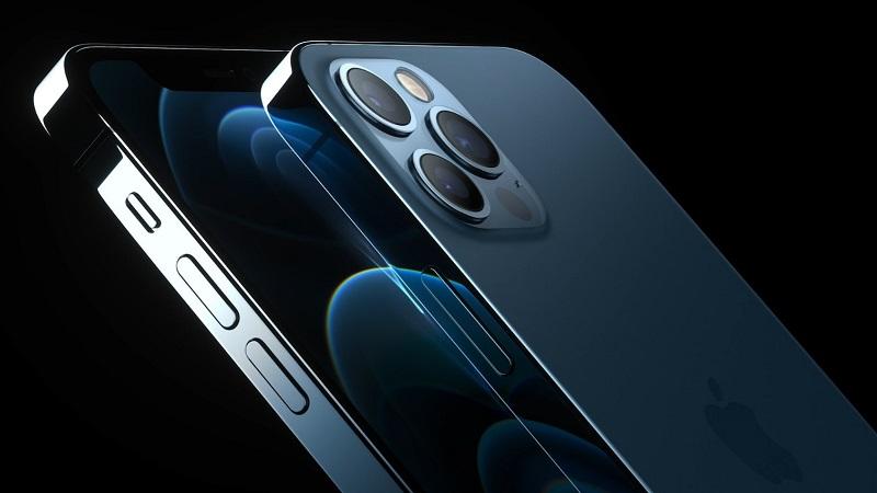 Nếu lo lắng về thời lượng pin thì bạn hãy yên tâm đi, iPhone 12 chỉ sử dụng 5G khi cần thiết để tiết kiệm pin