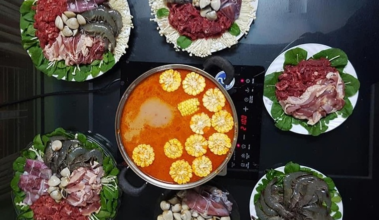Mẹ trẻ 9x mách cách nấu nước lẩu Thái màu đỏ đẹp nhưng không hề cay, trẻ em cũng ăn được