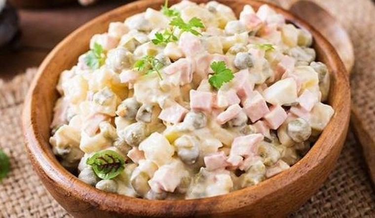 2 cách làm salad Nga ngon đúng chuẩn như ngoài hàng