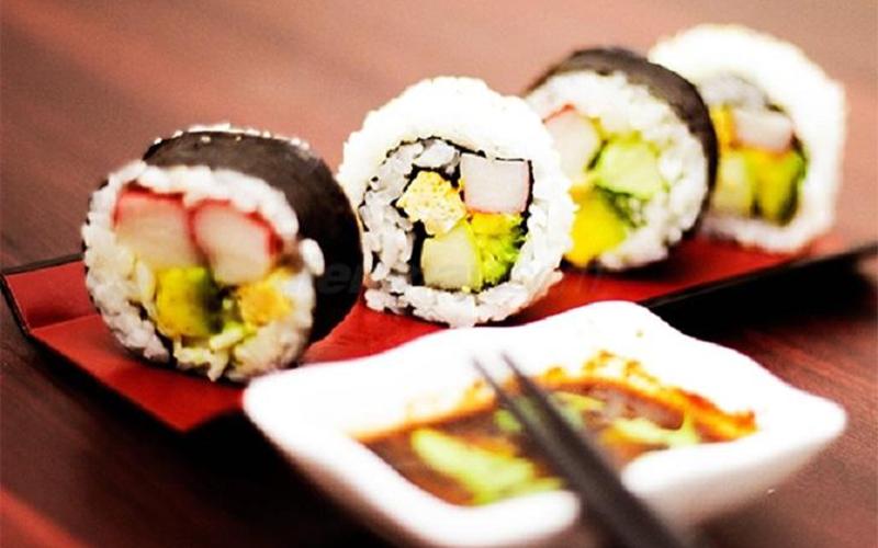Món sushi thanh cua