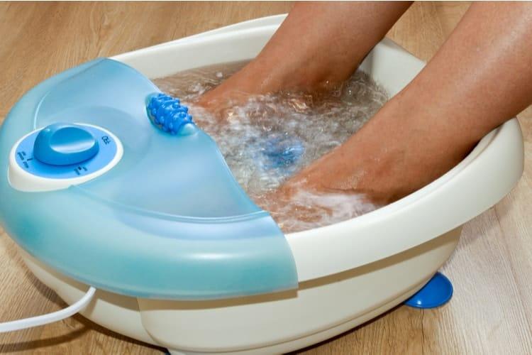 Sử dụng bồn ngâm chân