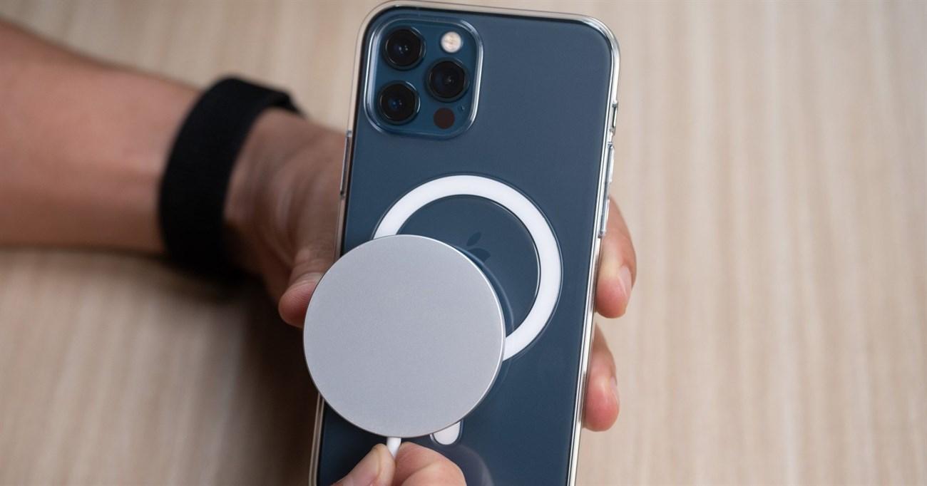 cách sạc pin cho iPhone 12 1