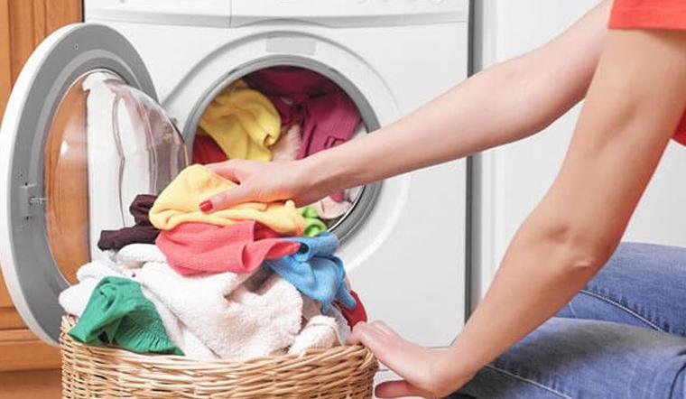 Giặt quần áo chung cả gia đình có ảnh hưởng gì đến sức khỏe không?