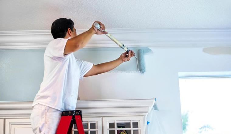 Cách tự sơn lại tường cũ trong nhà dễ như một nốt nhạc