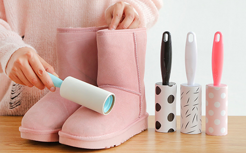 Làm sạch bụi bẩn trên giày nhung
