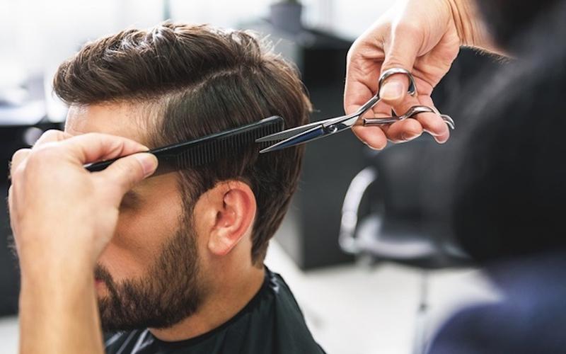 Làm sạch tóc