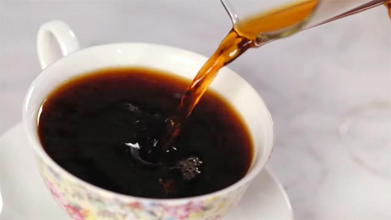 Cà phê pha bằng giấy lọc