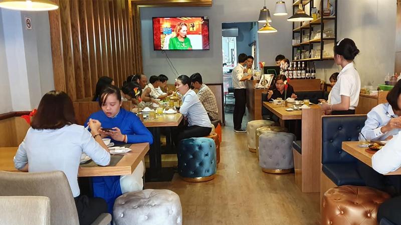 Nhà hàng chay Bà Xã