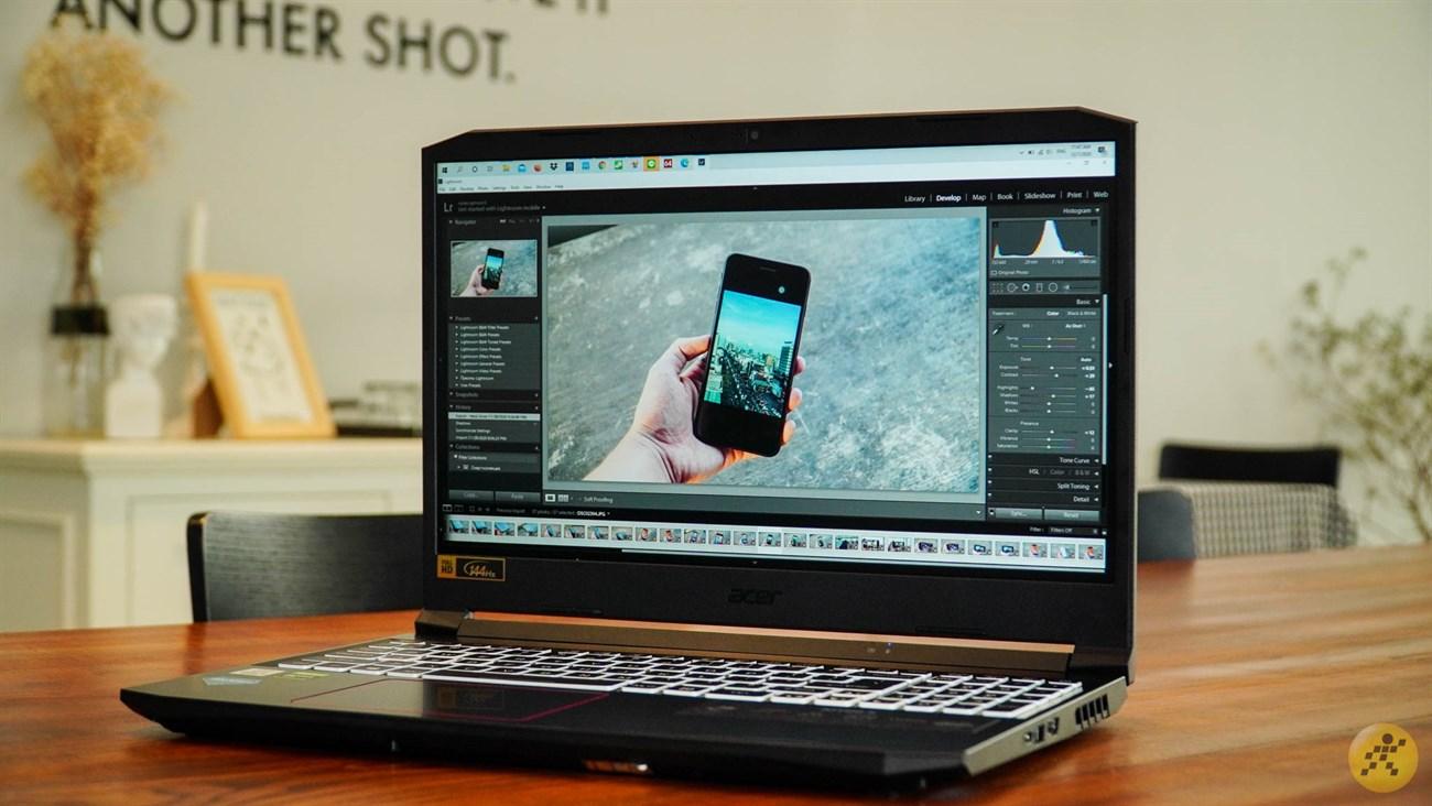 Acer Nitro 5 còn cho phép bạn xử lý tốt ở khâu làm đồ họa