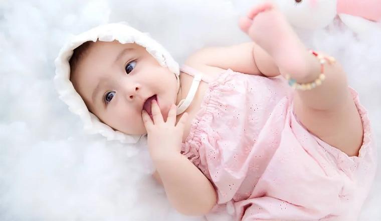 100+ cách đặt tên cho bé gái 2021 hay và hợp tuổi bố mẹ