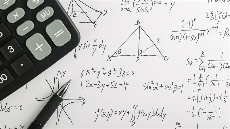 Ứng dụng giải toán thông minh của Microsolf hình thức step by step