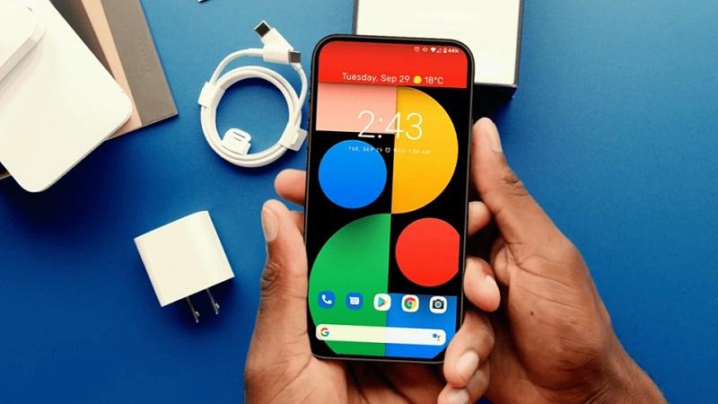 Google Pixel 5 Pro lộ ảnh thực tế với camera selfie ẩn dưới màn hình, có thể dùng chip Snapdragon 865 cùng bộ nhớ RAM 8GB