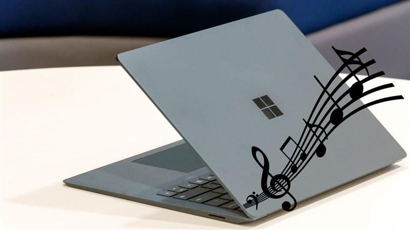 Cach-nghe-nhac-ngay-ca-khi-da-gap-laptop