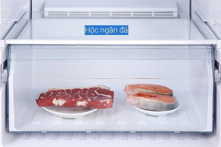 Ngăn đông còn được thiết kế thêm hộc đựng các loại thịt cá riêng biệt