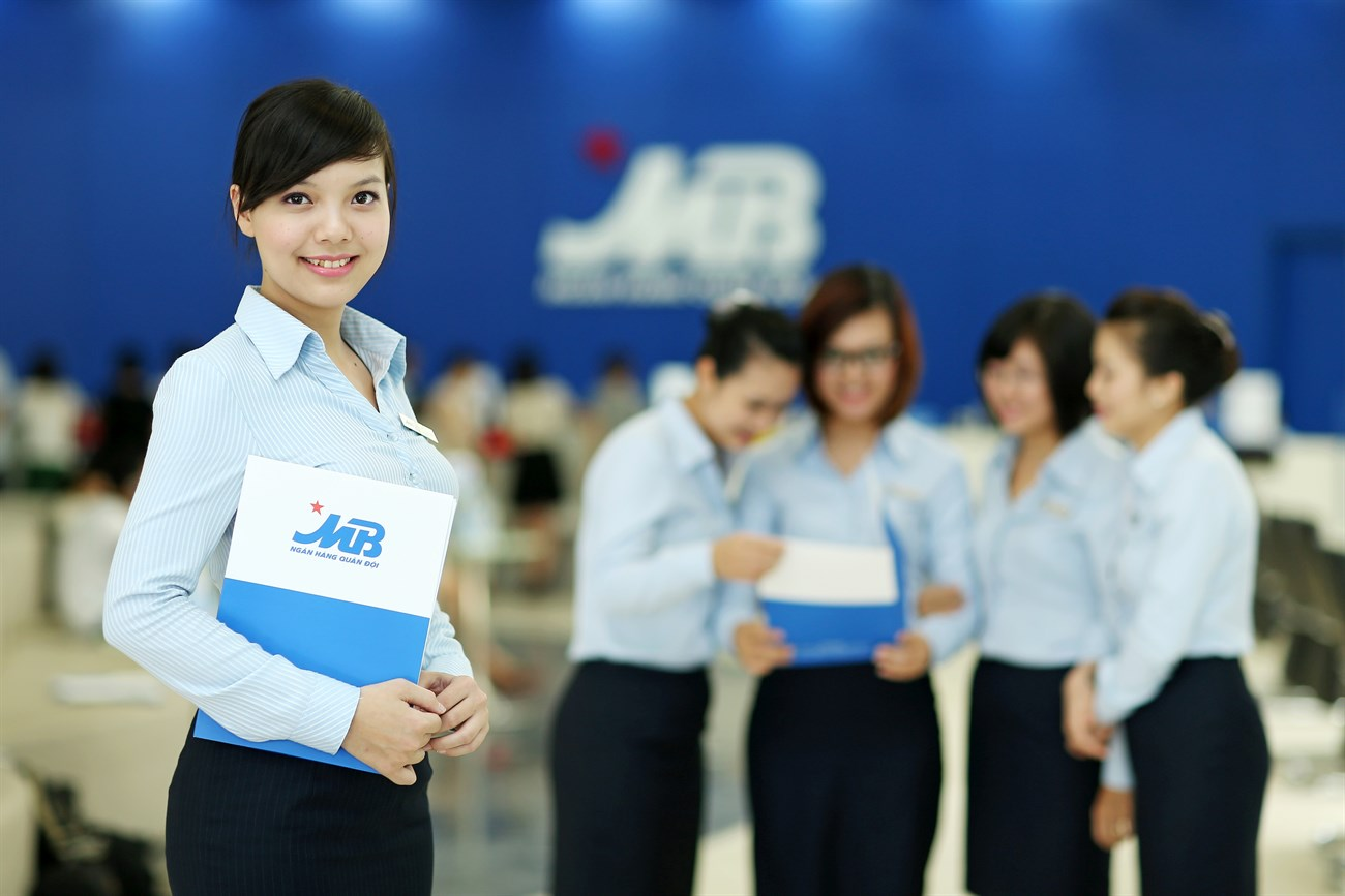 Lịch làm việc thứ 7 ngân hàng MBBank