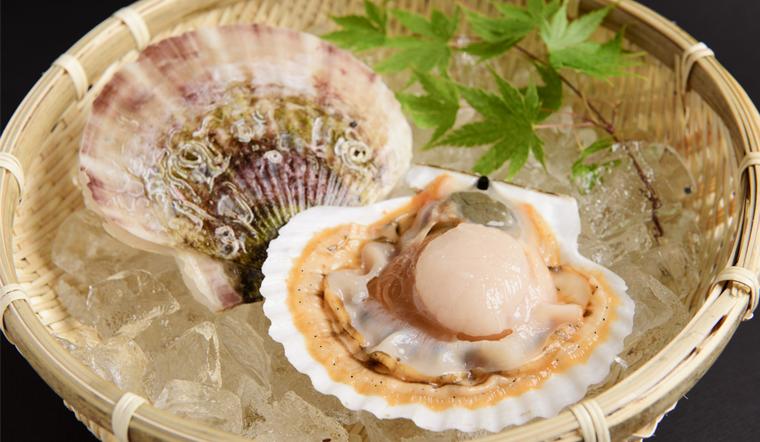 Hướng dẫn chi tiết cách sơ chế sò điệp sạch cát, không bị mất thịt nhanh gọn trong 30 giây
