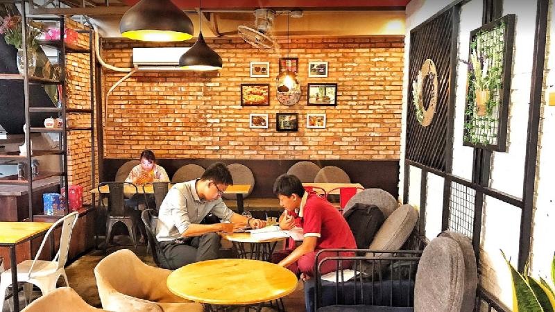 Cafe De Bakery