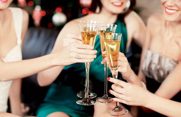 Những lời chúc rượu hay cho từng đối tượng