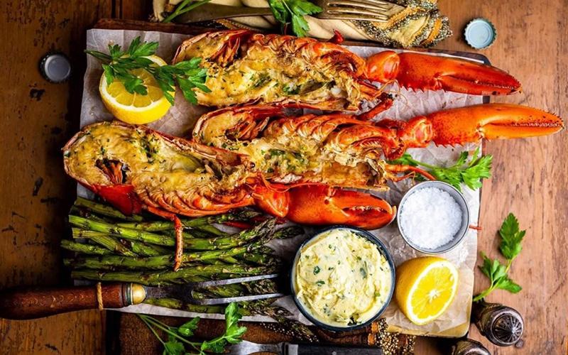 Nhà hàng hải sản La Sirena